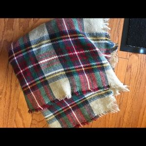 Accessories - Blanket scarf plaid